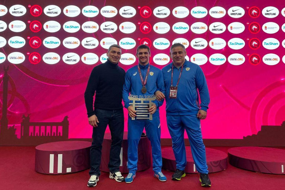 Александр Чехиркин завоевал золотую медаль на Европейском олимпийском лицензионном турнире