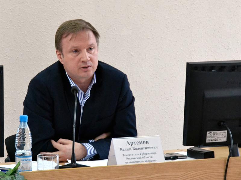 Прием граждан заместителем губернатора Артемовым
