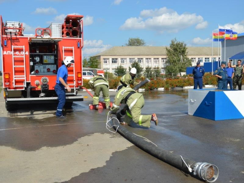Николаевские пожарные стали вторыми в областных соревнованиях по пожарно-прикладному спорту